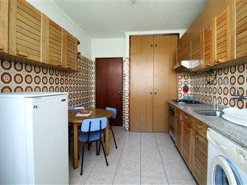 Apartment T2 / Guarda, Centro