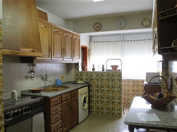 Appartement T4 / Castelo Branco, Monte do Indio