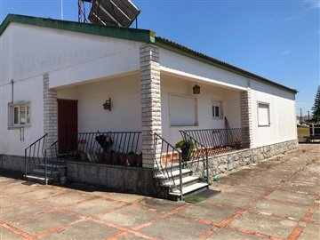 Detached house T3 / Benavente, Samora Correia
