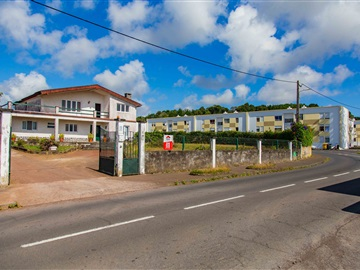 Detached house T6 / Ponta Delgada, Rosto do Cão (Livramento)