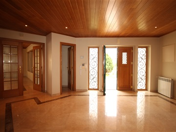 House T6 / Torres Vedras, Turcifal