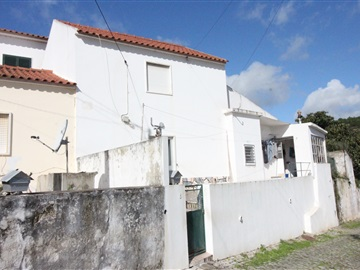 Semi-detached house T2 / Loures, Ponte de Lousa