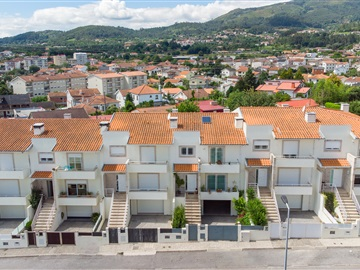 Terraced house T3 / Amares, Amares e Figueiredo
